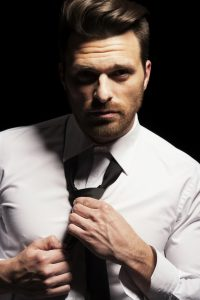krawat i koszula